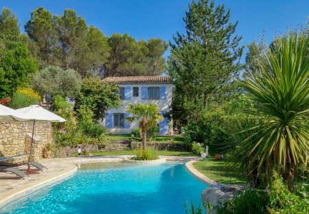 House in Exterieur, the South of France