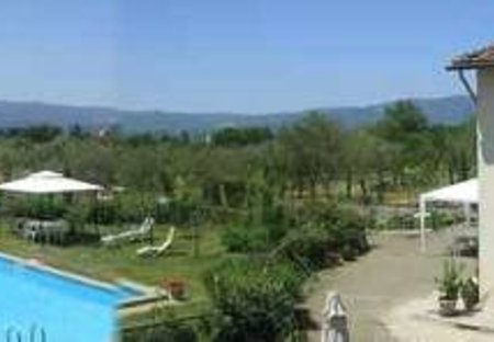 Cottage in Castelfranco Piandiscò, Italy: pool and capanna