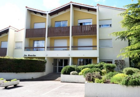 Apartment in Sud-Ouest Suzac, France