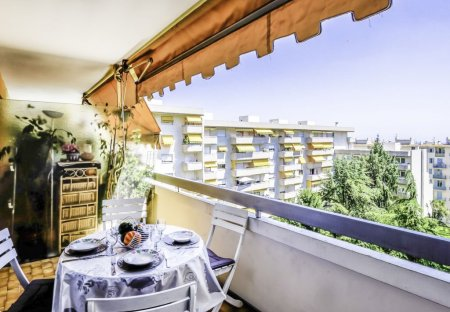 Apartment in Gorbella, the South of France
