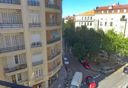 Apartment in Clemenceau, the South of France