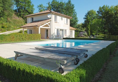House in Saint-Pantaléon, the South of France