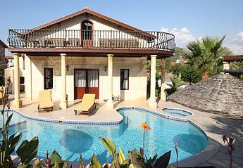Villa in Dalyan, Turkey: stunning 5 bedroom with private pool and bar