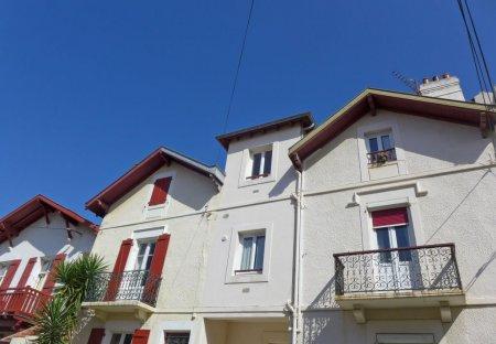 Apartment in Republique-Beau Rivage, France