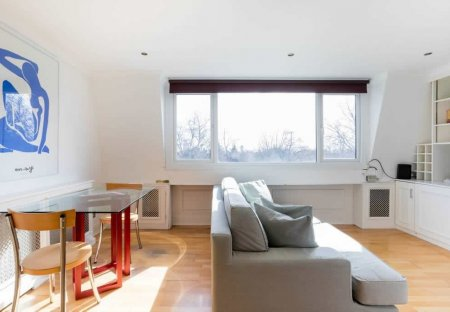 Apartment in Earl's Court, London