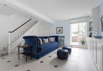 Villa in Chelsea Riverside, London