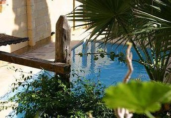 Farm House in Malta, Santa Lucia: Pool feature