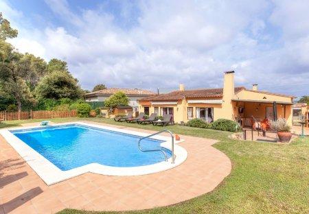 Villa in Els Masos de Pals, Spain