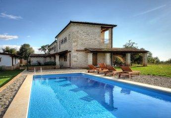 Villa in Rakovci - Racovaz, Croatia