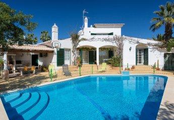 Villa in Alcalar, Algarve