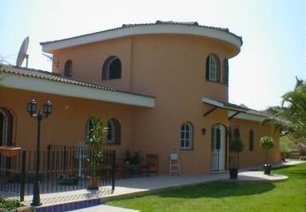 Villa in La Gaspara, Spain: Villa Tranquilla from the gardens.