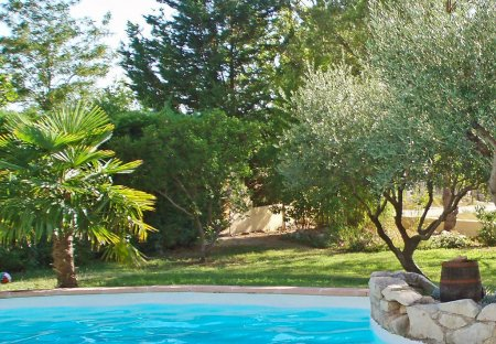 House in Vic-le-Fesq, the South of France