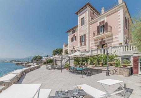 Villa in Palermo, Sicily