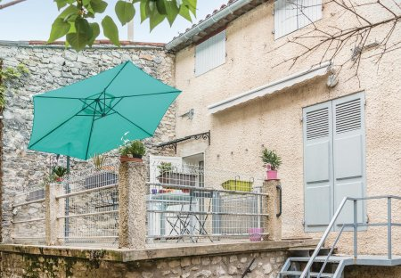 Apartment in Céreste, the South of France