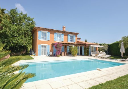 Villa in Vaug, the South of France