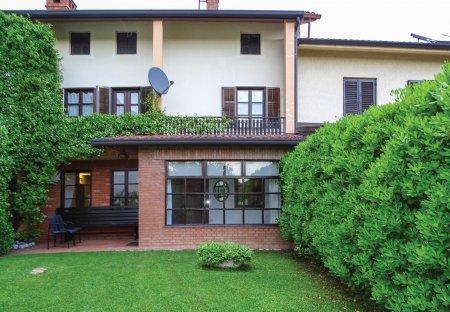 Apartment in Hruševlje, Slovenia