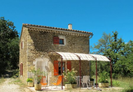 Apartment in Verfeuil, the South of France