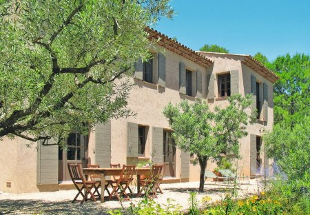 Apartment in Lorgues, the South of France