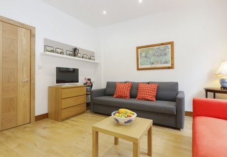 Apartment in King's Cross, London