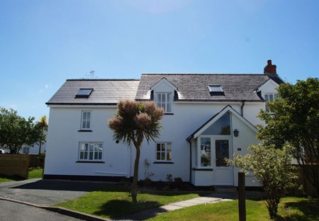 House in Dinas Cross, Wales