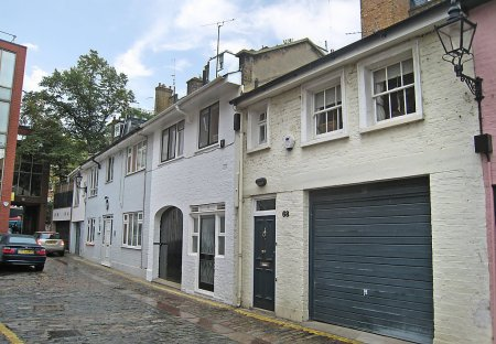 House in Brompton & Hans Town, London