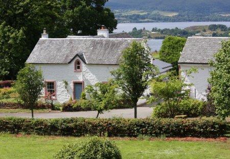House in Haldane/Kilmaronock/Jamestown, Scotland
