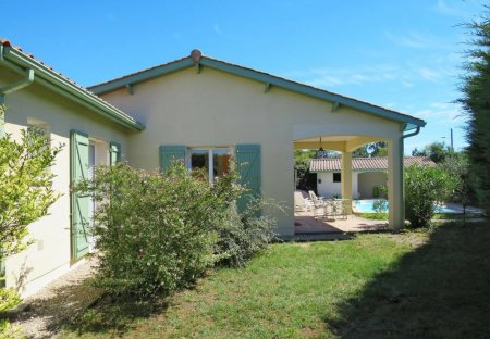 House in Ordonnac, France