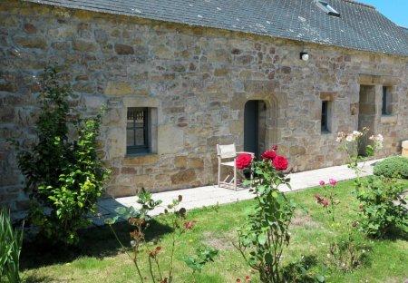 House in Pouldergat, France