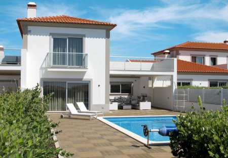 House in Vale Benfeito, Portugal