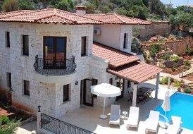 Villa in Turkey, Kaş: Seafront Villa Dunya Outside poolside