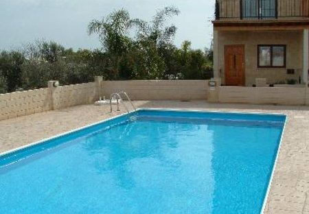 House in Liopetri, Cyprus: Communal swimming pool