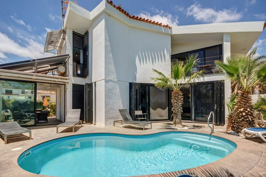 Villa To Rent In Amarilla Golf Tenerife With Private Pool 29396