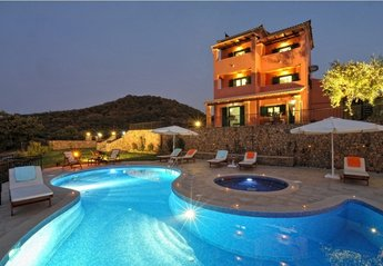 Villa in Greece, Acharavi