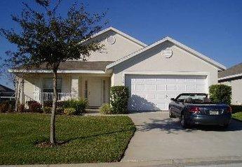 Villa in Florida Pines, Florida: The front of the villa