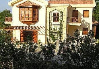 Villa in Cyprus, Alsancak: Picture 1 Green Valley Villa