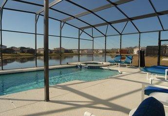 Villa in Crescent Lakes, Florida