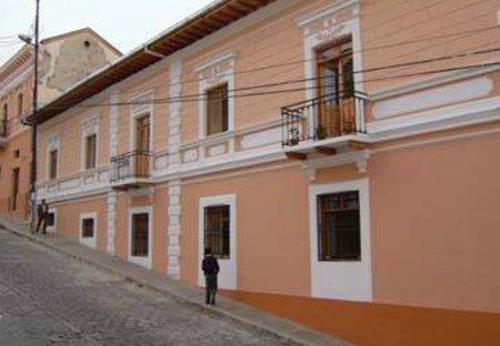 Duplex Apartment in Colonial Quito, Ecuador: facade of complex