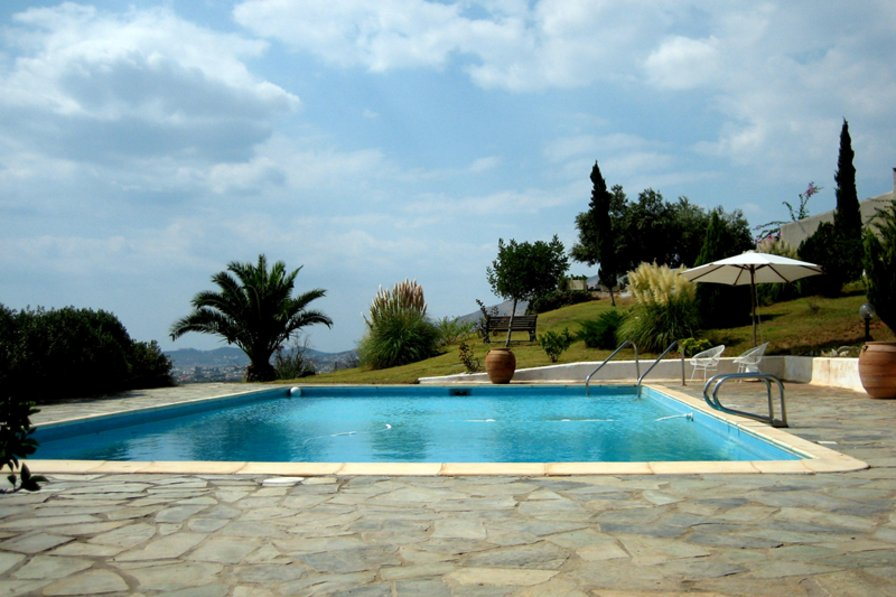 Exceptional Holiday Home In Athens Beach With Private Pool