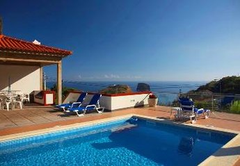 Villa in Vila Porto da Cruz, Madeira: Sea view from the swimming poll