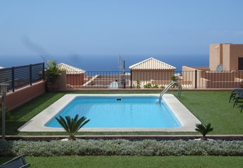Villa in Golf Costa Adeje, Tenerife