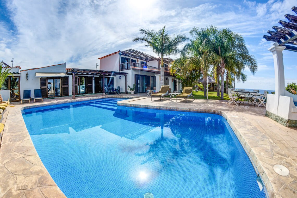 rent private holiday homes