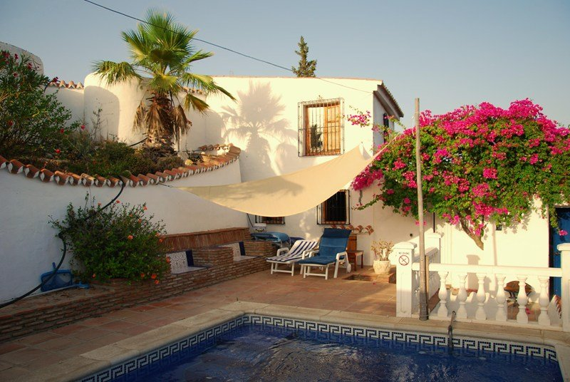 Villa to rent in iznate spain with private pool 54281 - Casa rural iznate ...