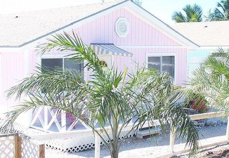 Cottage in Great Exuma, Bahamas: The Pink Flamingo