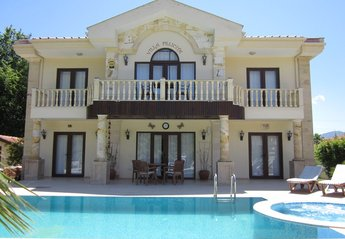 Villa in Turkey, Dalyan: Front View