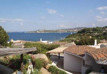 Lodge in Punta Sardegna, Sardinia: roof terrace view