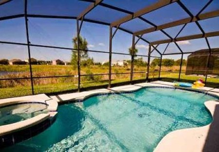 Villa in Silver Creek, Florida: Huge South-Facing 30 x 15ft Pool with Spa