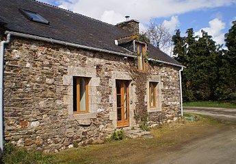 Cottage in Le Cambout, France: La Folie