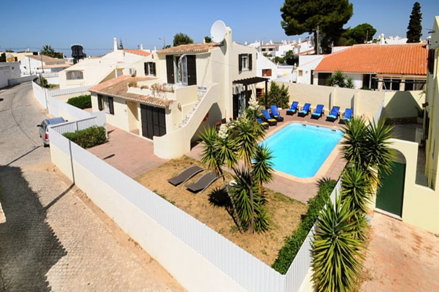 Villa To Rent In Albufeira Algarve With Private Pool 63916