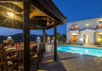 Villa in Lyssos, Cyprus