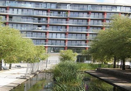 Apartment in Rotherhithe, London: Outside the building